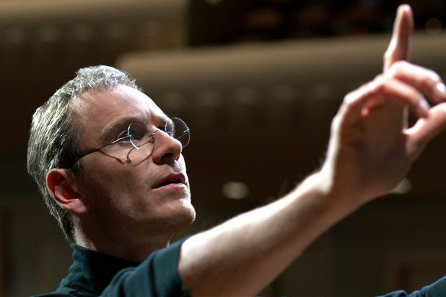 Danny Boyle: Michael Fassbender is strikingly similar to Steve Jobs review