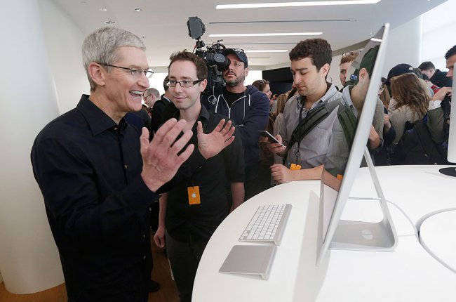 Former Apple employees told us about their difficult work