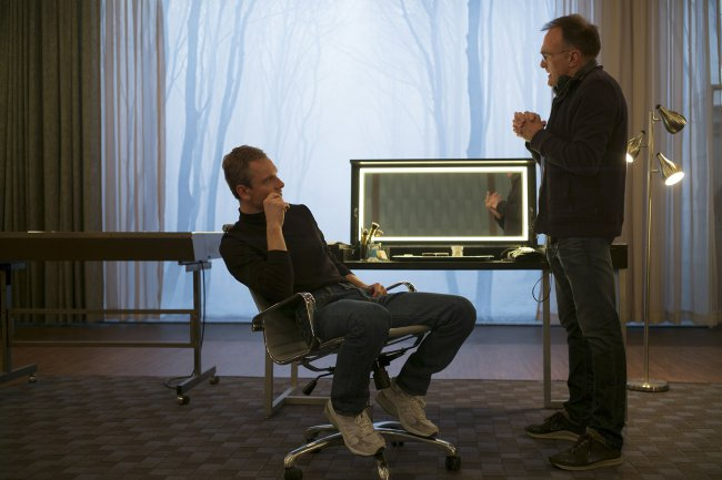 "Distributors don't want to show the film ""Steve jobs"""