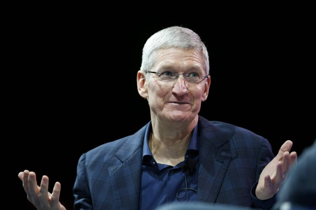Tim cook: iPad and Mac will remain separate devices