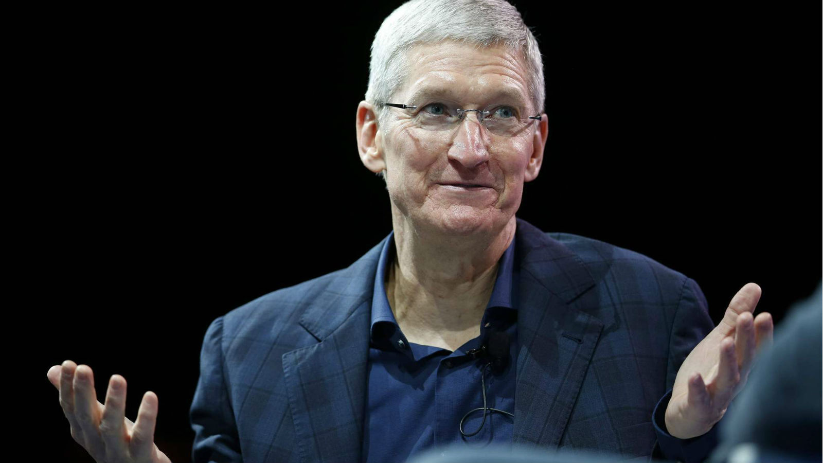 Tim cook confirmed the imminent decline of iPhone sales