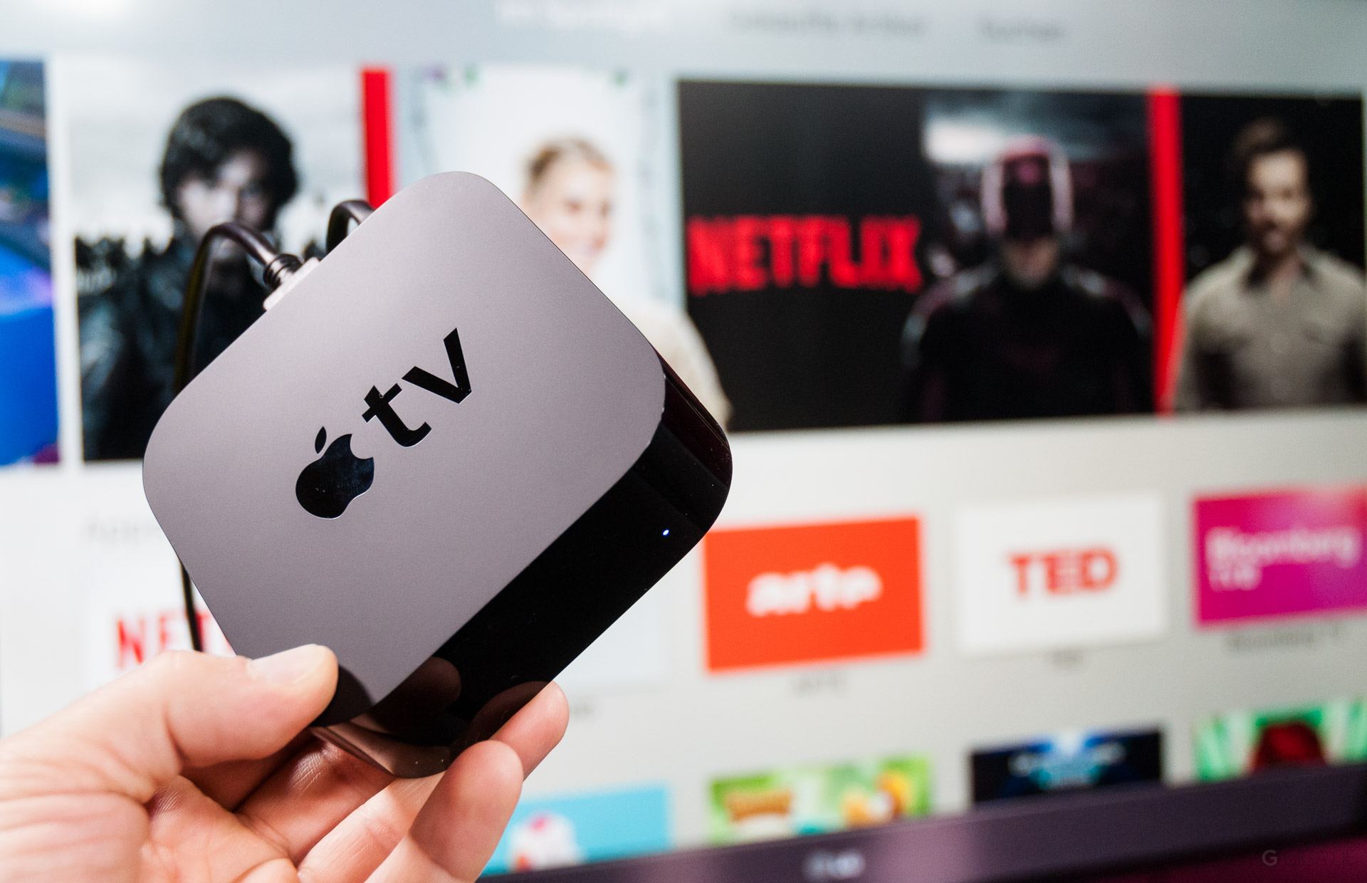 17 small, but attractive features of the Apple TV 4