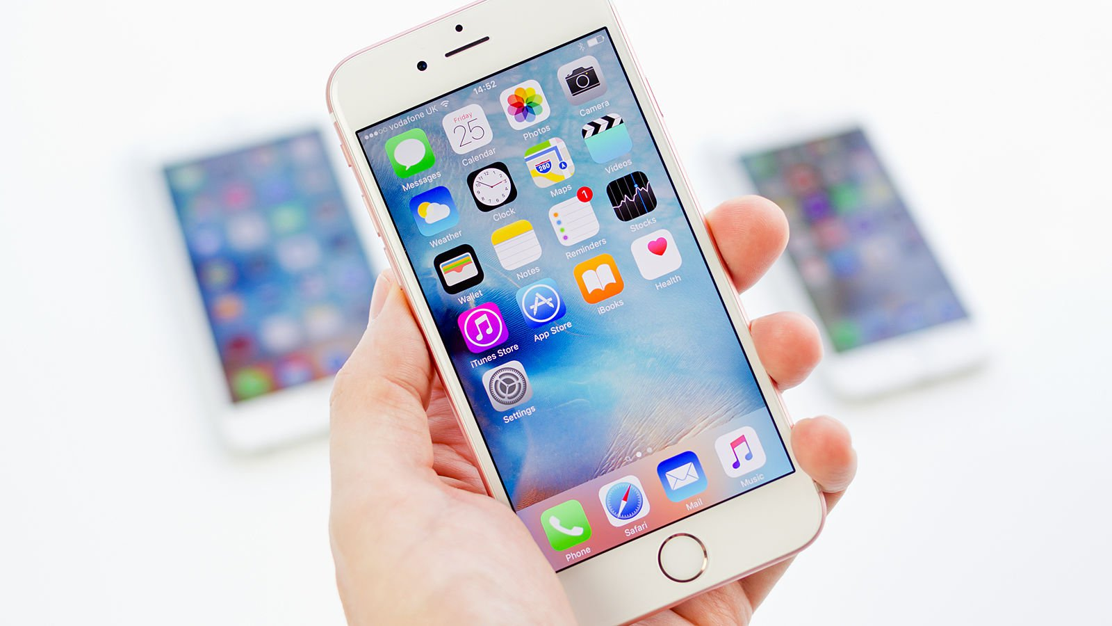 What happens to the prices of the iPhone in Russia?