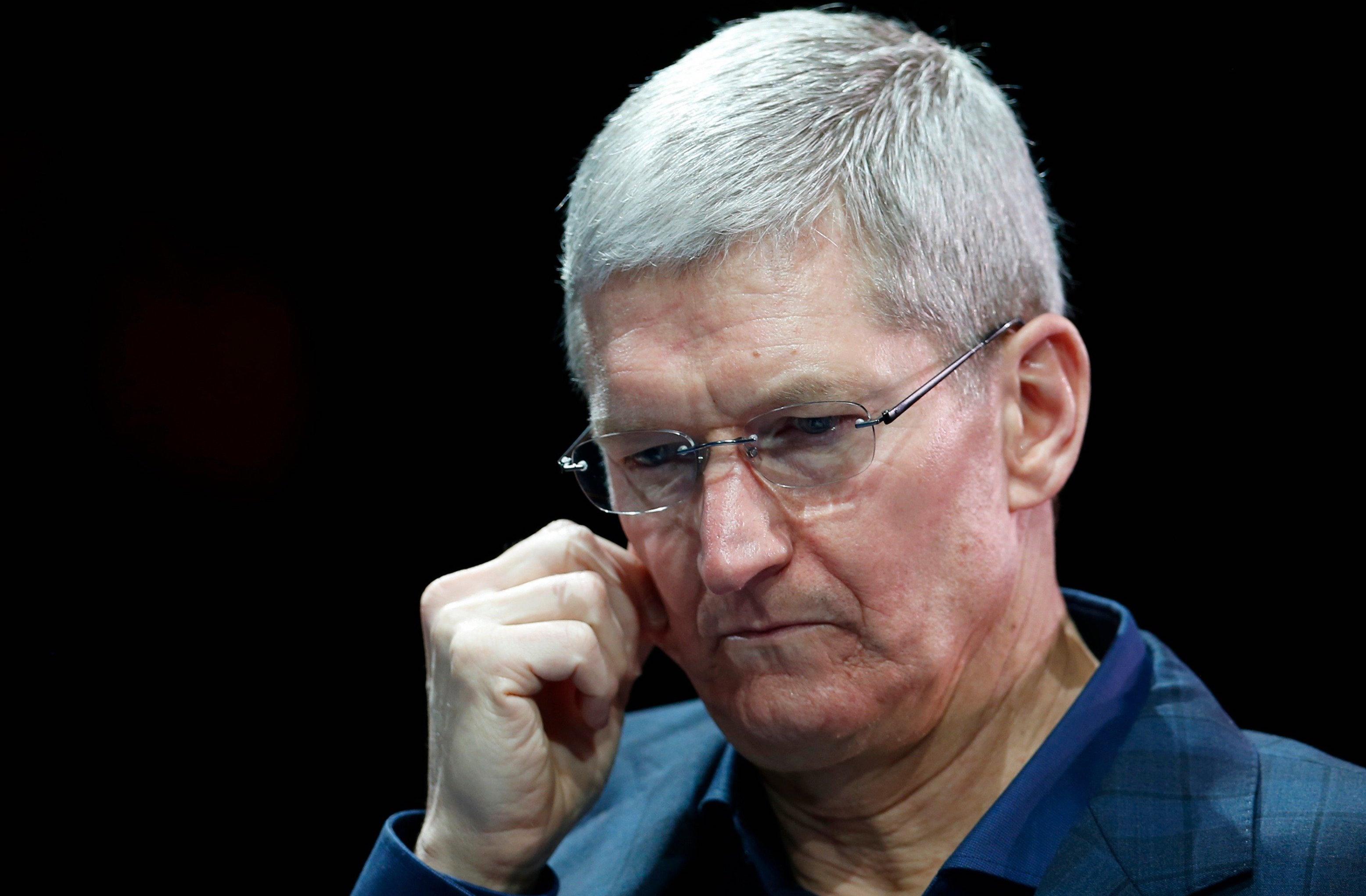 Russian officials put Apple at a disadvantage