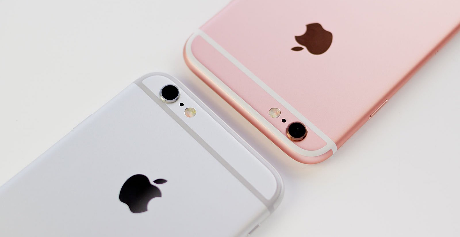 Where is cheaper to buy an iPhone in Russia: April 2016