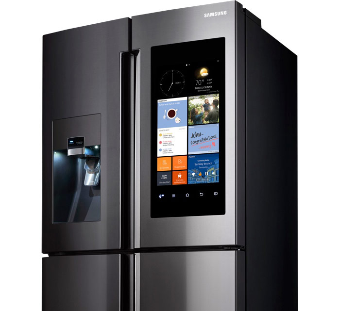 Smart refrigerator Samsung Family Hub went on sale for $5800