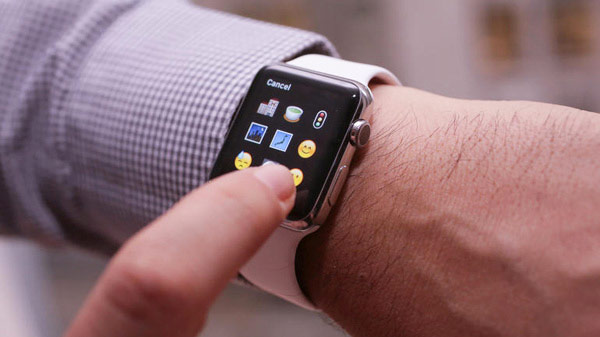 Why Apple should add in the Apple Watch a full keyboard