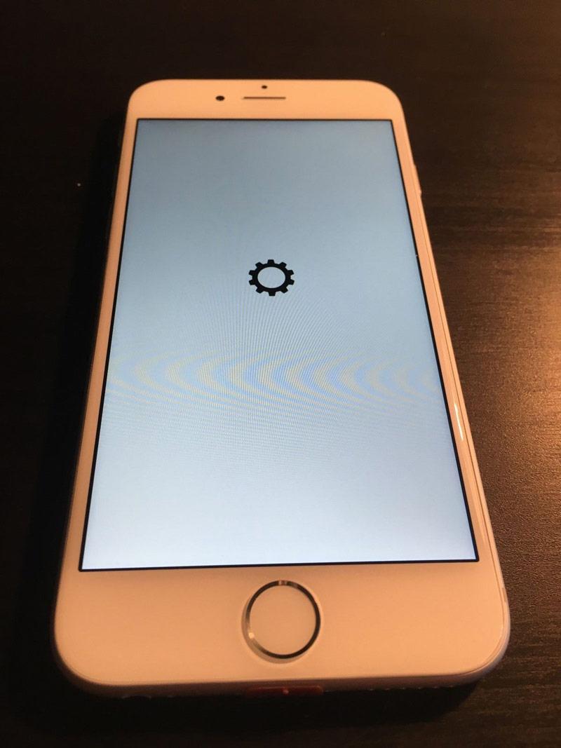 Rare engineering prototype iPhone 6 exhibited on eBay for 330 000