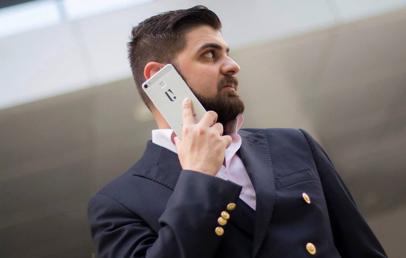 """Apple strained"": the first Armenian smartphones ArmPhone will go on sale June 6"