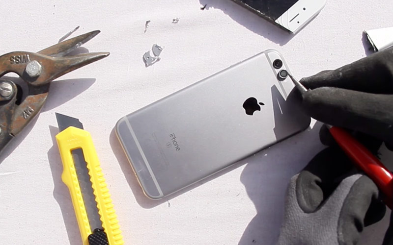Drill, angle grinder and a bit of skill: enthusiast showed how to turn iPhone 6 into iPhone 7 [video]