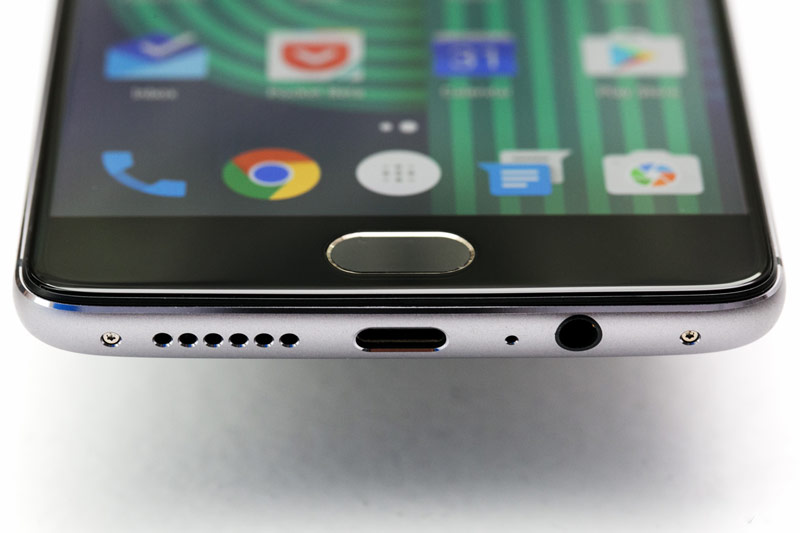 """Presented """"flagship killer"""" OnePlus 3 with 6 GB of RAM and cost $415"""