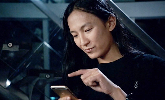 Designer Alexander Wang will oversee the new fashion channel in the Apple Music [video]