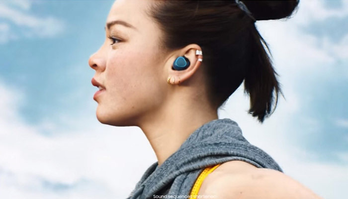 Samsung has announced the prices for the Gear 2 and Gear Fit IconX