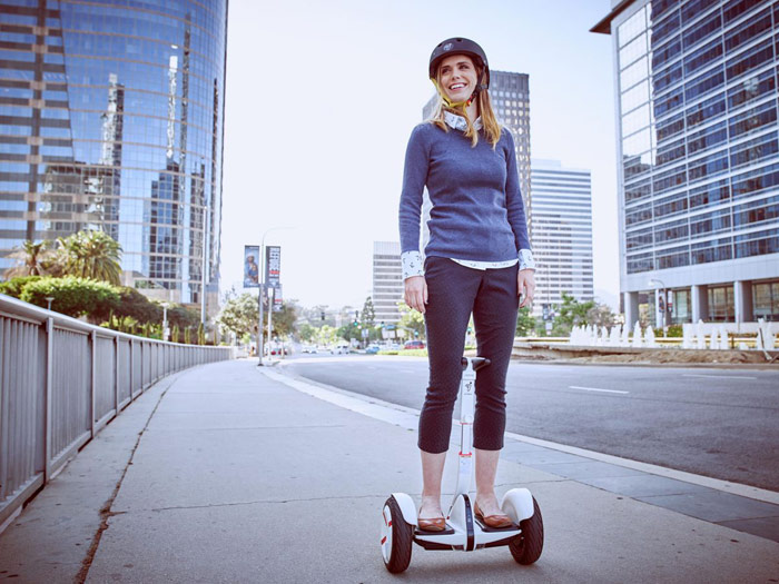 Segway introduced gyrometer MiniPro, which can be controlled with a smartphone [video]