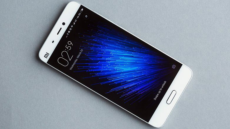 """""""Svyaznoy"""" has opened pre-orders for the flagship smartphone Xiaomi Mi5"""