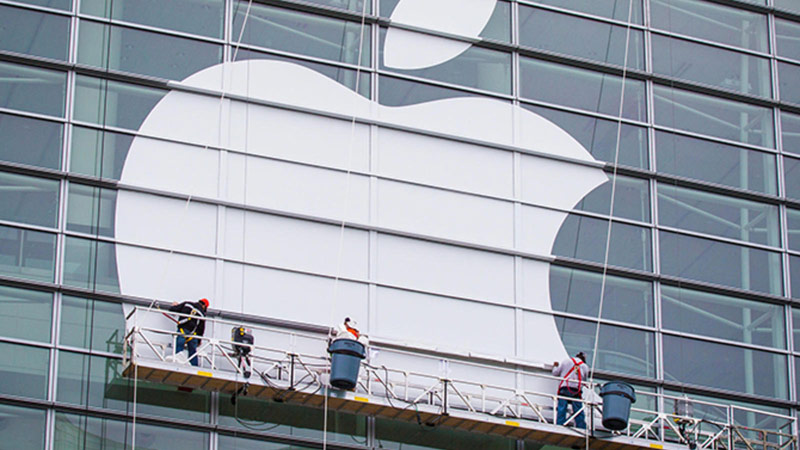Apple invited five Russian students free access to WWDC 2016
