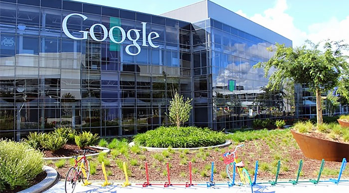 Google followed Apple decided to reduce the Commission for developers from 30% to 15%