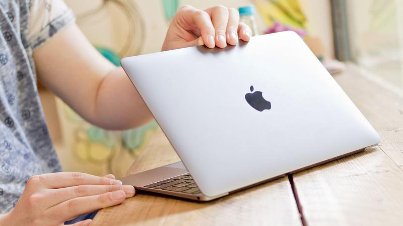 The Apple MacBook has become the most popular 12-inch laptop in Russia