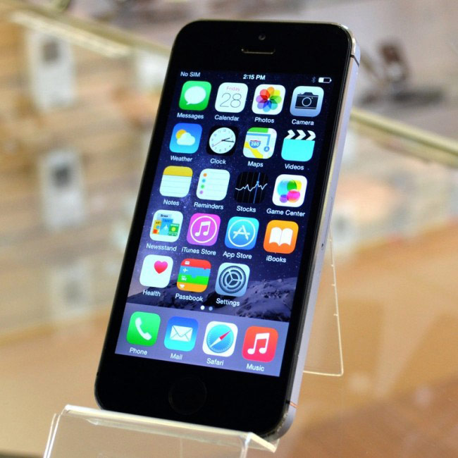 """""""The Euronetwork"""" will pay to the buyer of defective iPhone 5s more than 88 000 rubles"""