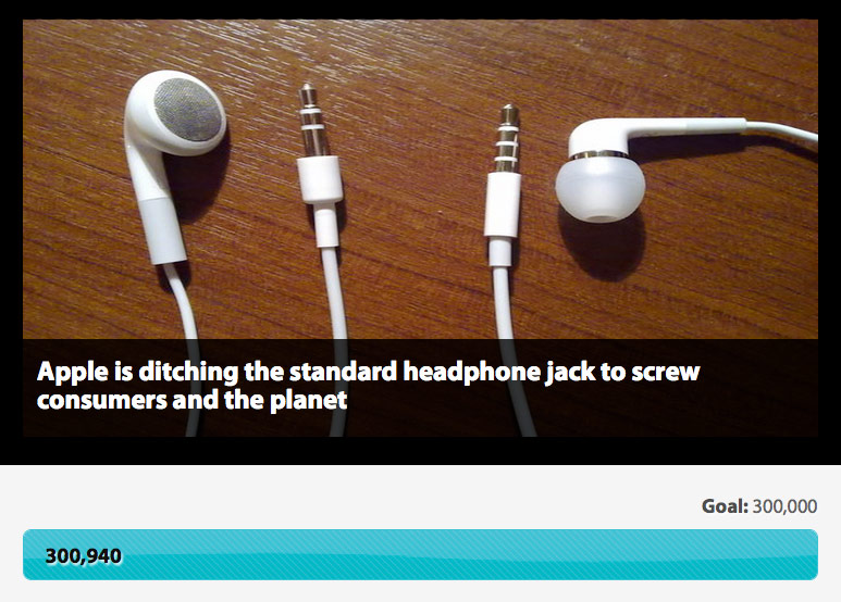 More than 300,000 people signed a petition for the return of the headphone Jack on the not yet released iPhone 7
