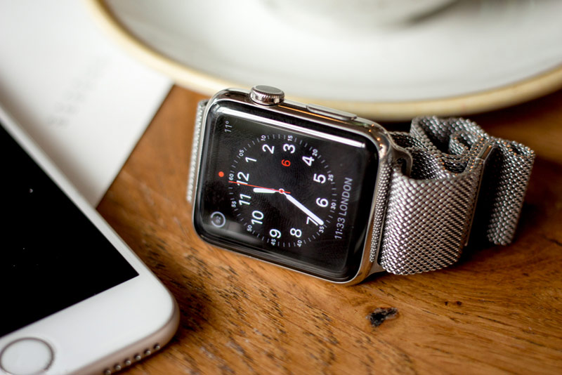 Media: the release of the Apple Watch 2 will be held in September or October of this year