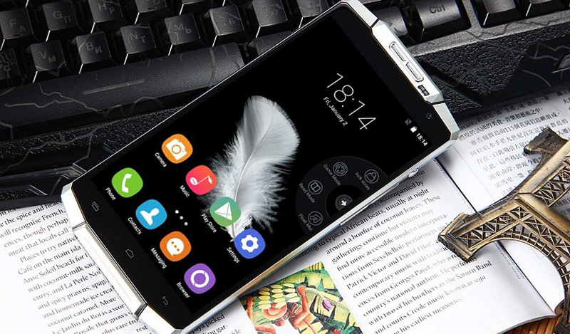 Smartphone Oukitel K10000 battery capacity 6 times more than the iPhone 6s fell to $135