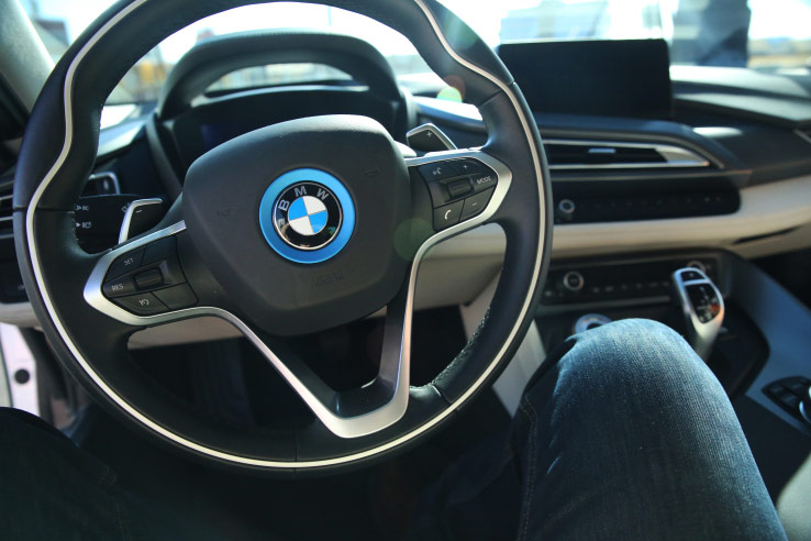 BMW refused partnership with Apple and agreed with Intel to jointly develop self-driving car