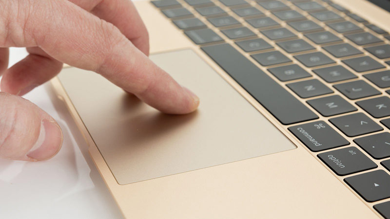 Media: Apple has decided not to cancel the MacBook Air – the new generation with USB-C and Force Touch trackpad