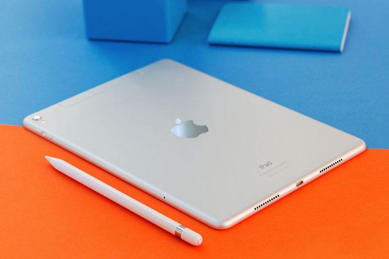 iPad Pro fell below the psychological mark of
