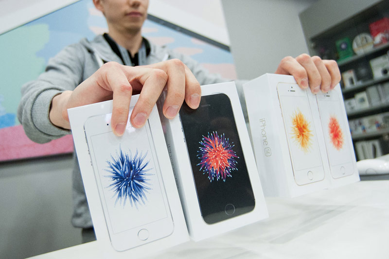 Murtazin: because of the actions of the FAS of the iPhone in Russia can rise in price on 7%