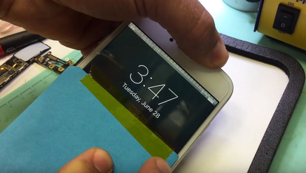 """IPhone 6 users have filed a lawsuit against Apple due to """"diseases of the touch screen"""