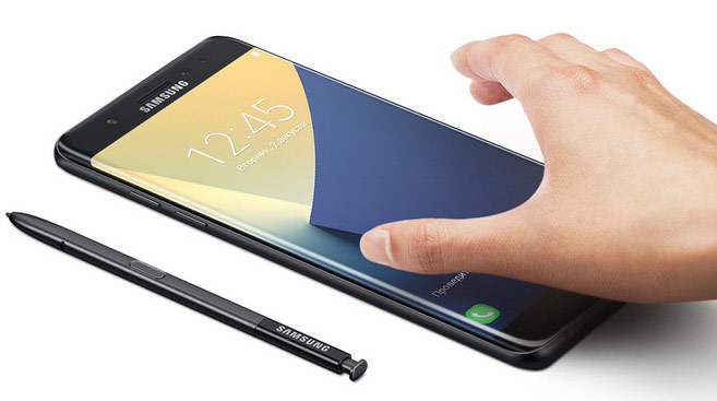 Samsung offers the Galaxy Note users 7 to reduce the screen resolution to 720p to save battery