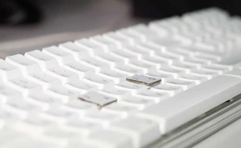 So convenient: the Belarusian developers have joined the Apple keyboard and mouse [video]