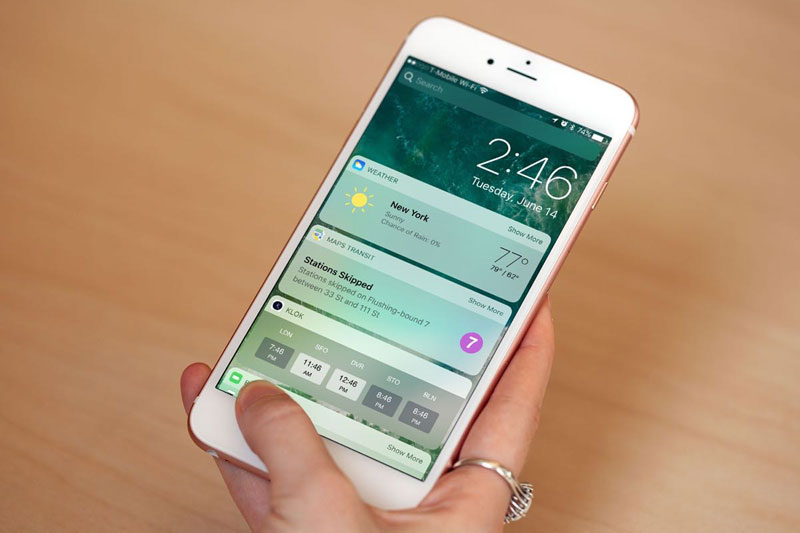 Apple released iTunes 10 beta 8 and public beta 10 beta iOS 7 for iPhone and iPad