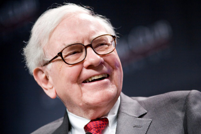 Billionaire Warren Buffett became the owner of shares of Apple for $1.6 billion