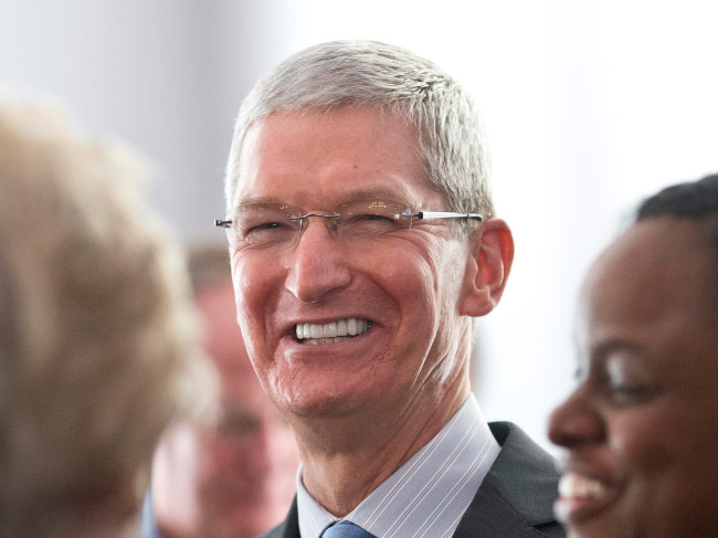 Tim cook sold another 270,000 shares of Apple for $28.7 million
