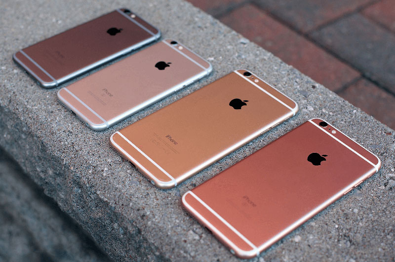 Russian authorities have declared war on cheap copies of the iPhone