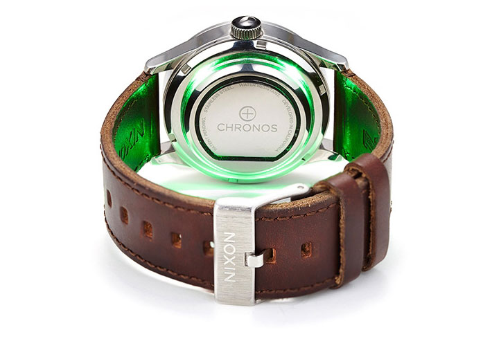 The Chronos device will turn your mechanical watch into a smart chronometer