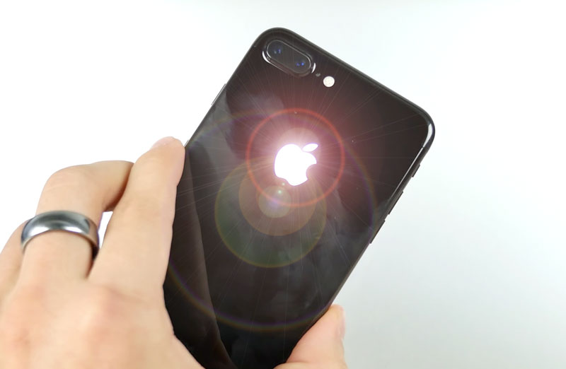 How to make a glowing Apple on the iPhone 7 with his own hands [video]