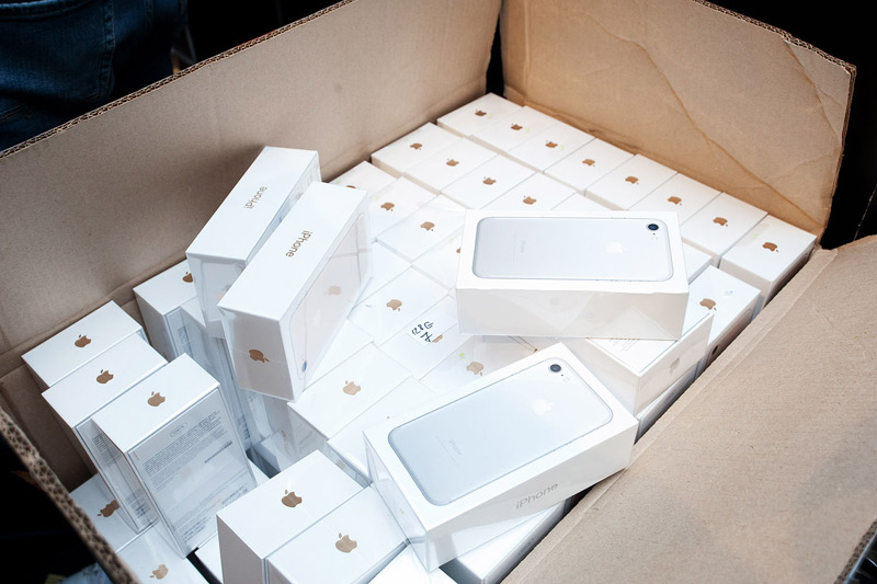 Ukrainian authorities fear that Apple will collapse the economy