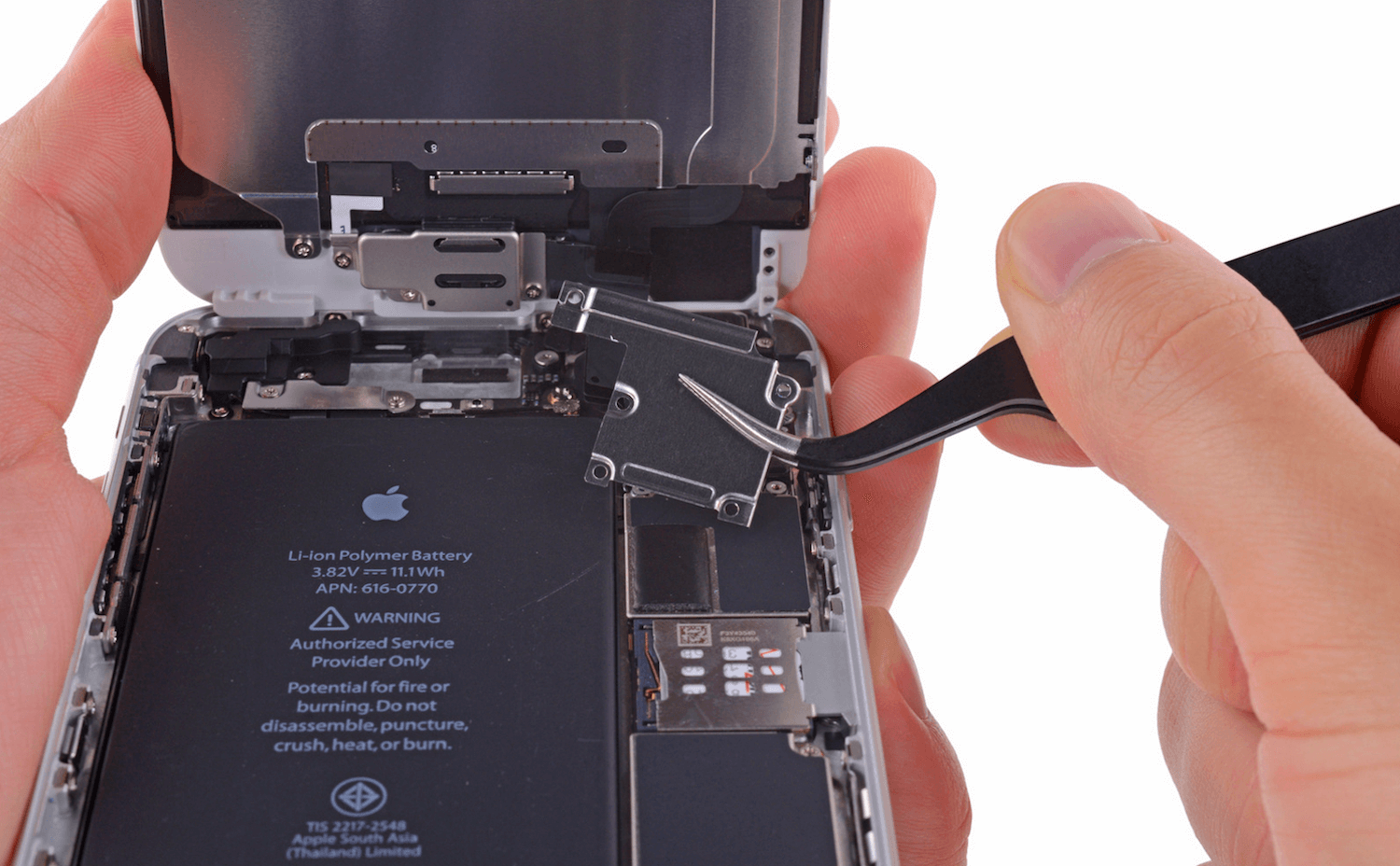 Responsible ModMac: problems with display and battery iPhone