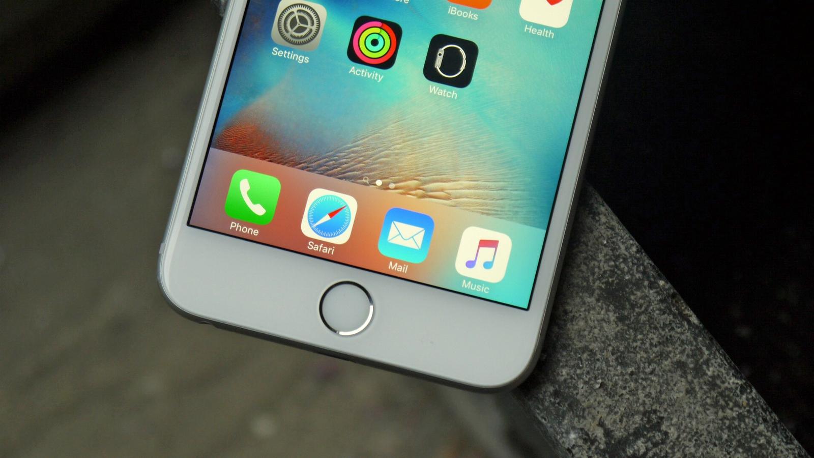 Imagine if glossy Apple-white iPhone 7?