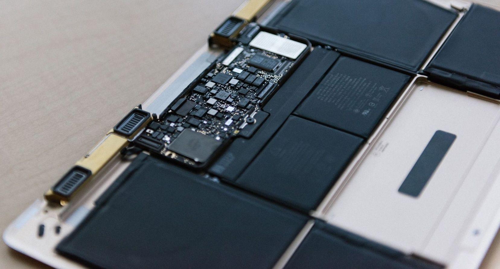 Responsible ModMac: error 4013 and unauthorized rebooting MacBook