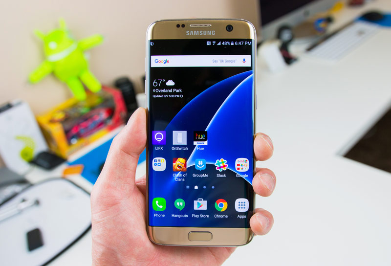 Samsung wants to solve the main problem of their smartphones, renaming the TouchWiz in the Samsung Experience