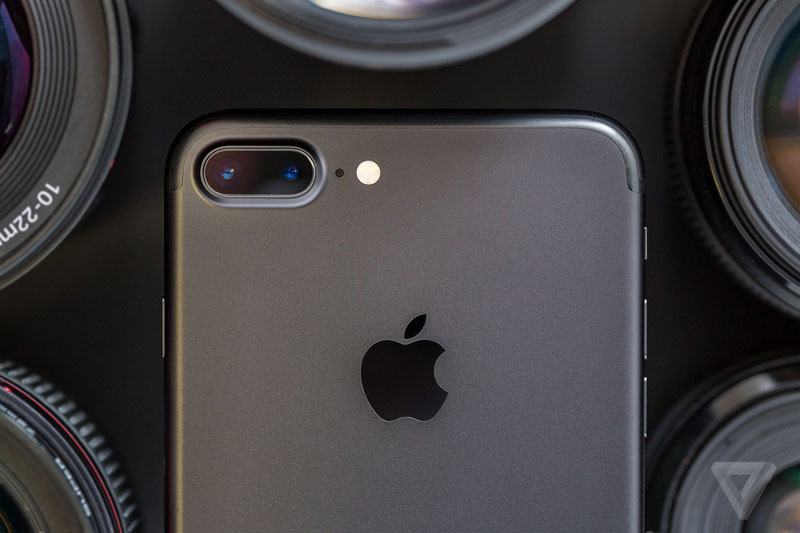 Secrets of professional shooting camera double the iPhone 7 Plus
