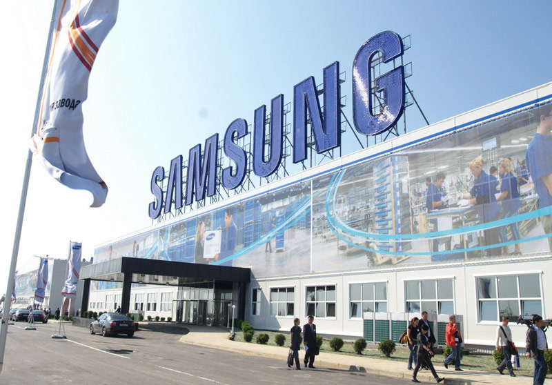 Samsung Galaxy S7 fell in Russia by 35%