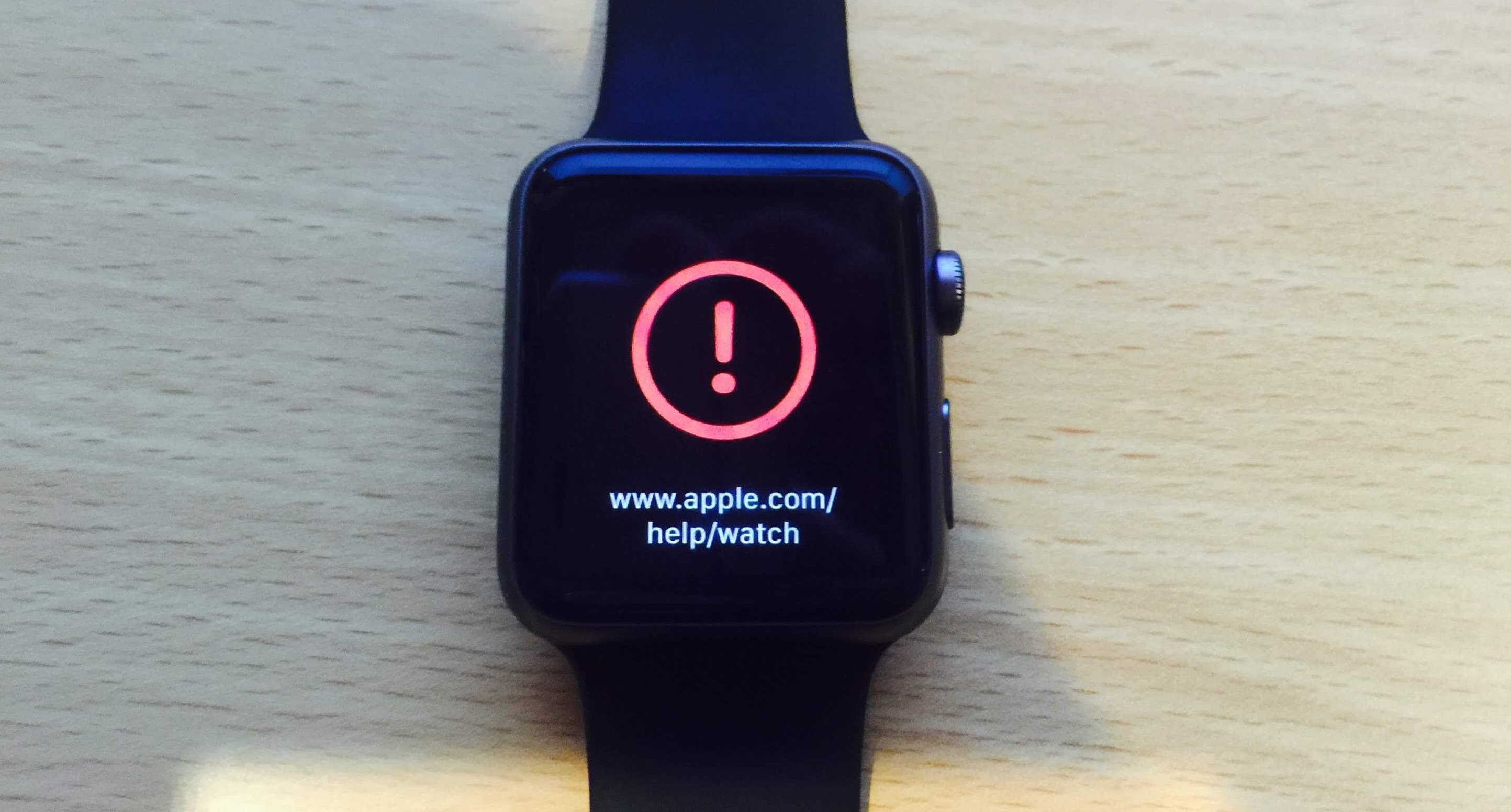 """Update Apple Watch turns the watch into a """"brick"""""""