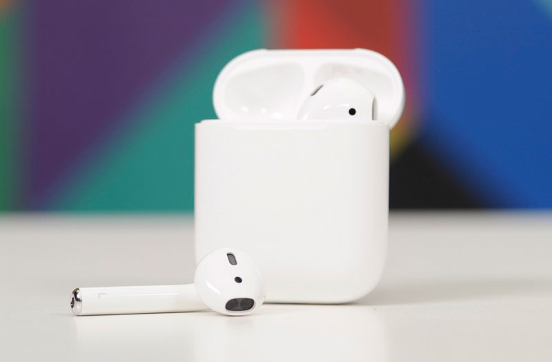 Overview AirPods: who created wireless headphones Apple