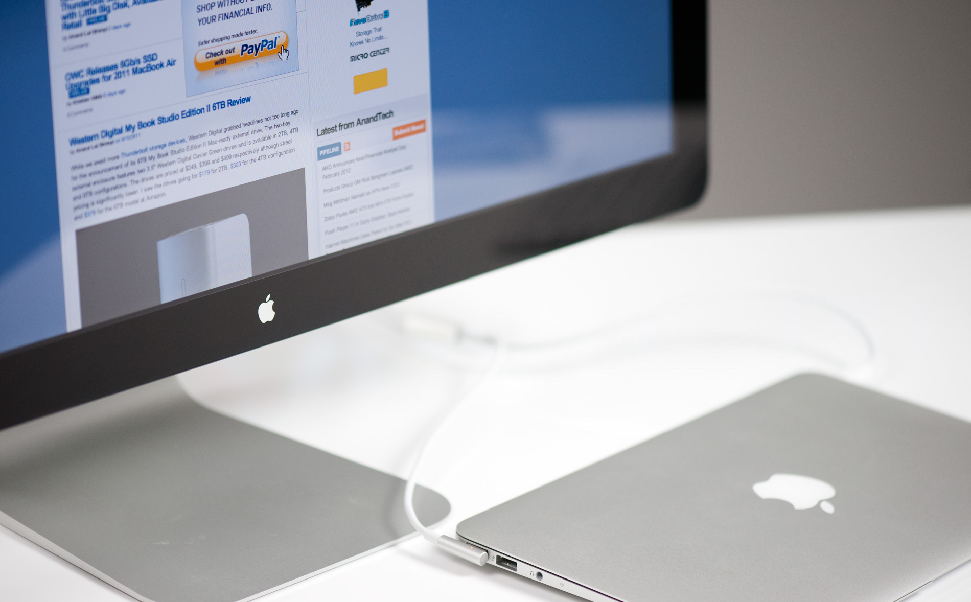 Apple decided to stop selling the Thunderbolt Display