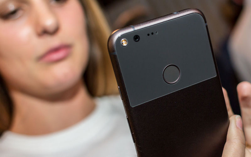 Google Pixel owners complain of spontaneous off smartphones at 30% charge